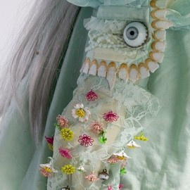 UNDERCOVER - Detail of 'Alice' dress