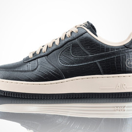 "Nike, fragment design - Nike Air Force 1 Low ""FRAGMENT"" Pack"