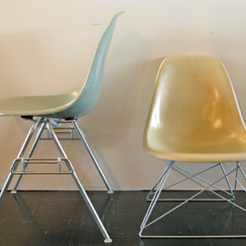 Herman Miller - Side Shell Chair FRP (キャッツクレイドルベース)