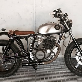 Lab Motorcycle - Yamaha SR250 , BSA fuel tank