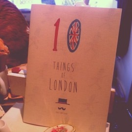 Violet And Claire - 10 Things Of London