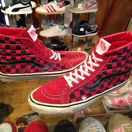 """vans - 「<used>80's vans HIGH TOP red/black checker""""made in USA"""" size:US9/h(27.5cm) 20000yen」完売"""