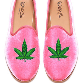 Del Toro - Prince Albert Bubblegum Pink Velvet Slipper Loafers With Cannabis Leaf