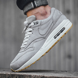NIKE - Air Max 1 Leather Premium - Medium Grey/Medium Grey/Natural Grey