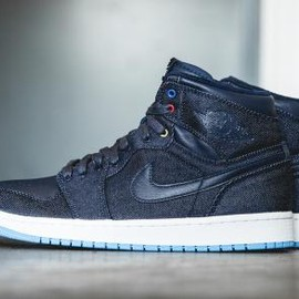Nike - NIKE AIR JORDAN 1 RETRO HIGH OBSIDIAN/DARK POWDER BLUE-GAME ROYAL-WHITE