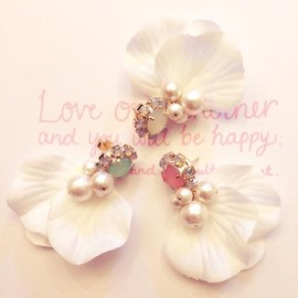 And Heart - Bijou×Flowerコットンパールピアス
