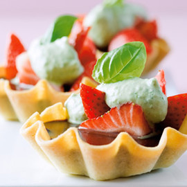 Lindt - Chocolate Tartlets with Marinated Strawberries and Sweet Basil Cream