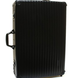 RIMOWA - with UA CLASSIC FLIGHT 82L