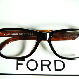 TOM FORD - TF5223