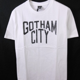 NUMBER (N)INE - GOTHAM CITY Tシャツ