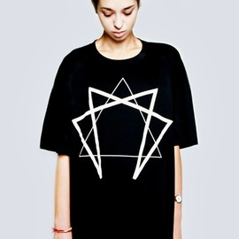 LONG Clothing - Enneagram