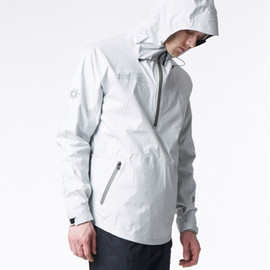ISAORA - 2.5-Layer Tech Anorak