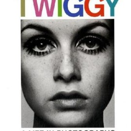 Terence Pepper, Robin Muir, Melvin Sokolsky - Twiggy: A Life in Photographs