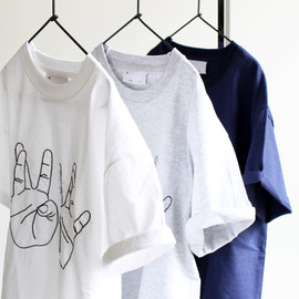 Maison Labiche - HANDS Tee - WEST COAST