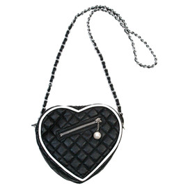 Katie - PARIS heart pochette