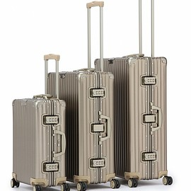 RIMOWA - UA25SP CLASSIC FLIGHT GOLD 33L†(スーツケース/キャリーバッグ)