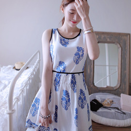 LUXE ASIAN WOMEN STYLE KOREAN FASHION CLOTHES Manila Bird Dress