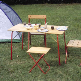 Castelmerlino - Camper Table & Stools