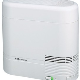 Electrolux - スチーム式アロマ加湿器 EHF001