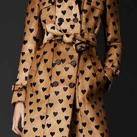 BURBERRY - Heart Trench Coat♡