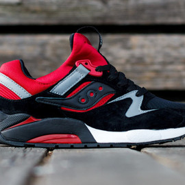 SAUCONY - Grid 9000 Black/Red