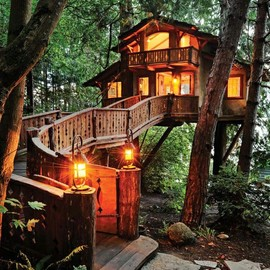 TreeHouse Workshop - Chalet Style Guesthouse