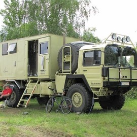 Now that's a camper! - Now that's a camper!