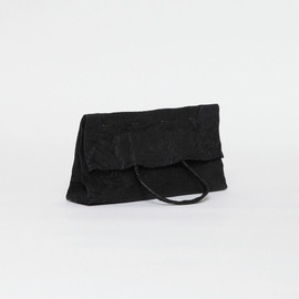 irose - paper clutch bag / black