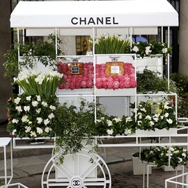 Chanel - Flower Stall