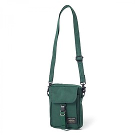 "HEAD PORTER - ""ARNO"" TRAVEL POUCH GREEN"