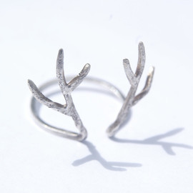 AetherDesign - Sterling silver antler ring