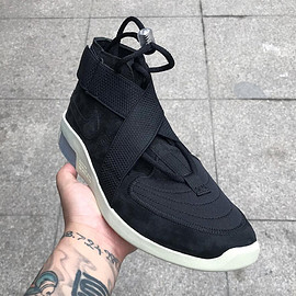 NIKE, Fear of God - Air Fear of God Raid - Black/Light Bone