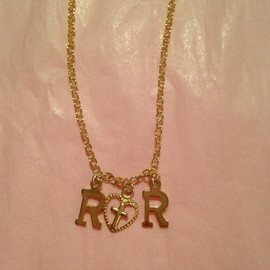 roretta's room - Dancing Lucy RR necklace