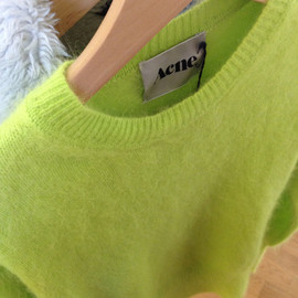Acne - bright color/Knit