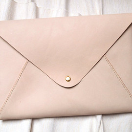 Harlex - Personalized 13 Macbook Air/Pro Case in Envelope Clutch - Leather - Nude - Hand Stitched