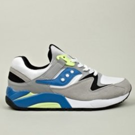 SAUCONY - Men's White Grid 9000 Sneaker