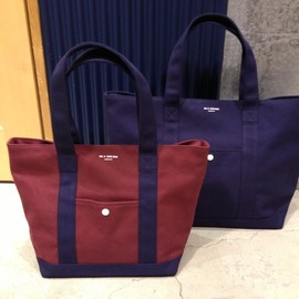 UNIVERSAL PRODUCTS - Tote Bag