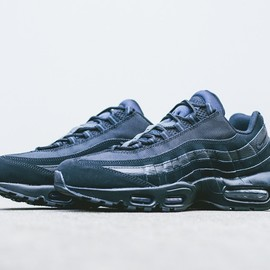 Nike - Air Max 95 - Triple Black