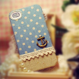 case for iPhone 4 - Anchor on blue polka