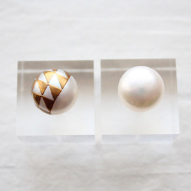 karafuru - Pearl earrings