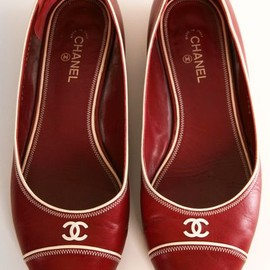CHANEL - Red heels.