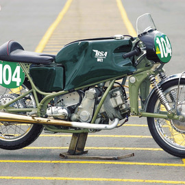 BSA - MC1 250 Racer