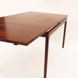 Scandinavian dining table - Scandinavian dining table