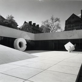 Isamu Noguchi / イサム・ノグチ - Sunken Garden for Beinecke Rare Book & Manuscript Library 1960-64