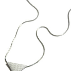 TOGA - Magic Triangle Chain Necklace ( white )