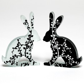 Luulla - Black Vine Glass Hare Pair Sculpture