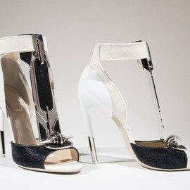 Givenchy - Haute Couture by Riccardo for Shoes Obsession: Extraordinary heels