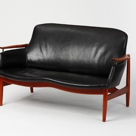 Niels Vodder - Finn Juhl settee, model NV 53