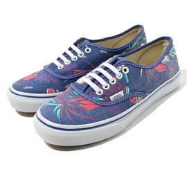 VANS - AUTHENTIC SLIM 【VAN DOREN】