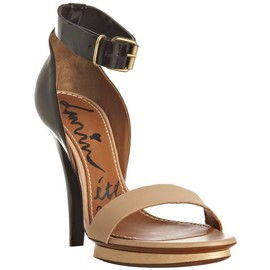 Lanvin - Lanvin black patent and nude leather ankle strap sandals